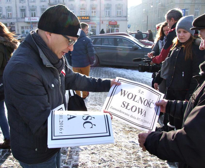 """Manifestacja """"Wolne Media"""" 09.01.2016 w Częstochowie"""